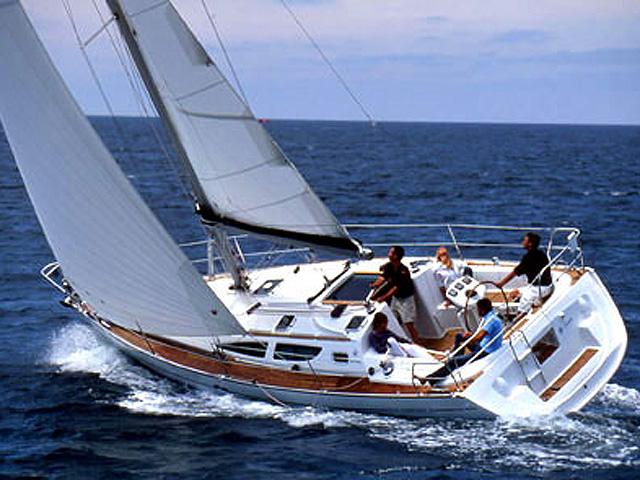 Sun Odyssey 35-2 Cabin