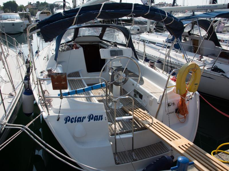 PETAR PAN (2017 sails) Sun Odyssey 32