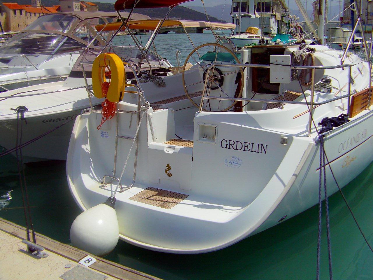 Grdelin Beneteau Oceanis 331 Clipper