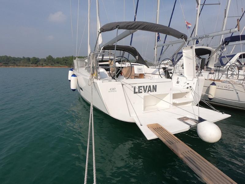 Levan Dufour 430