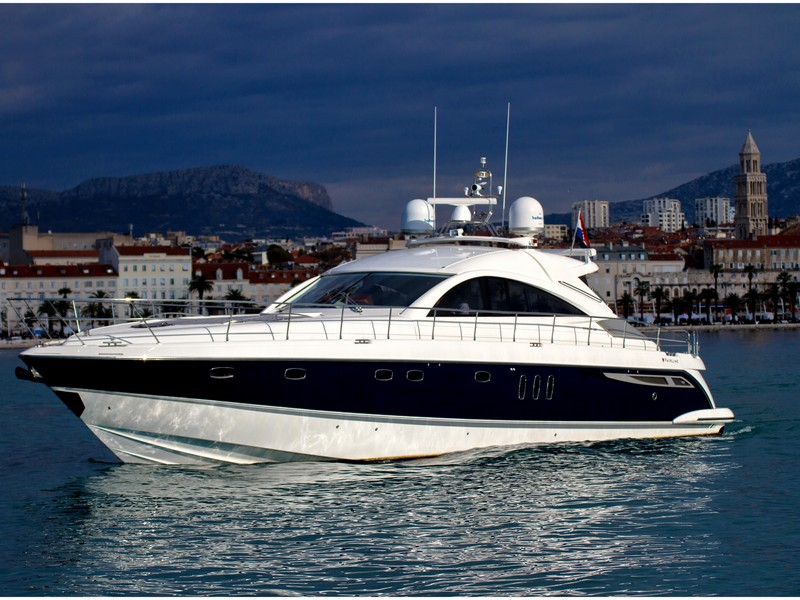 3543370398800098 motor boat croatia yacht charter fairline targa 62 01