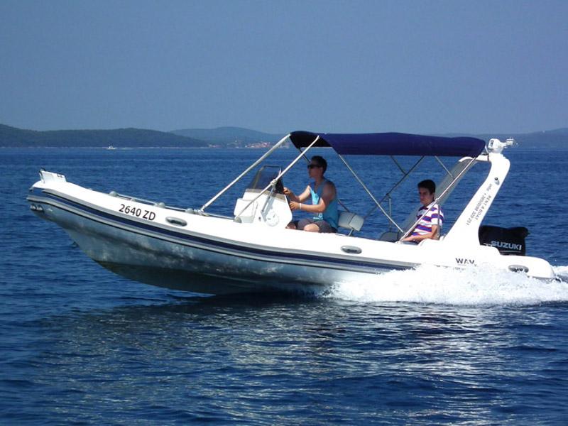 Nikolina Wav Marine Topline 600