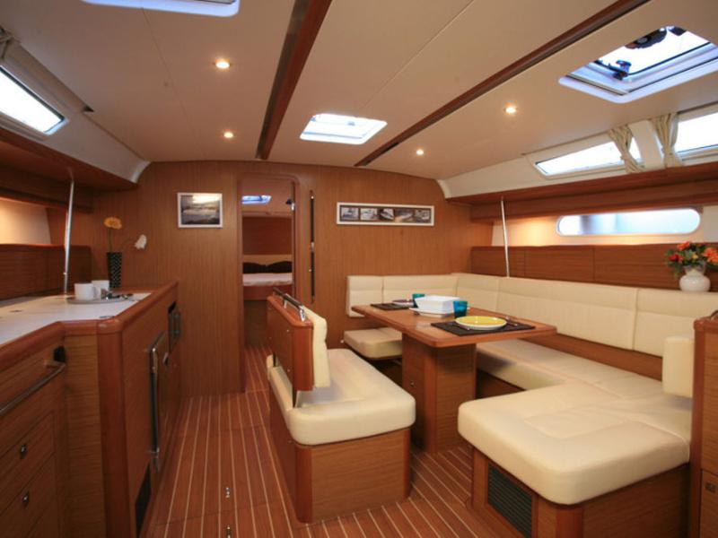 Sun Odyssey 49i, Athenian Yachts