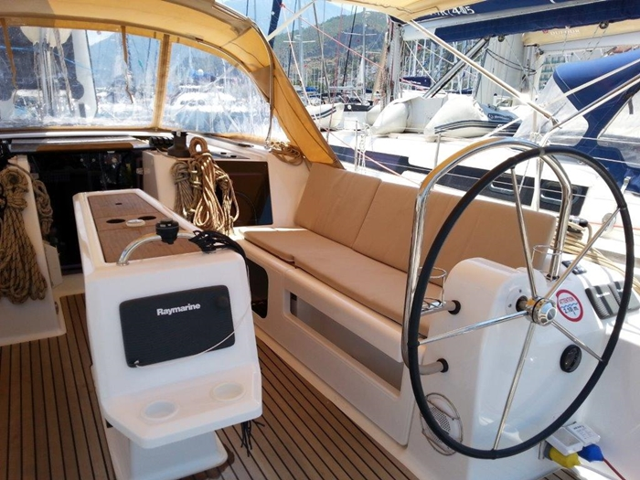 Dufour 410 Grand Large 6