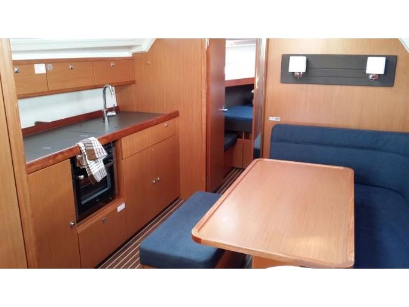 S/Y - Bavaria Cruiser 41 - 3 Cabins - Built 2014