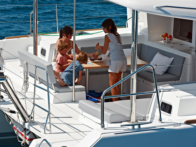 Lagoon 450  Flybridge, Athenian Yachts