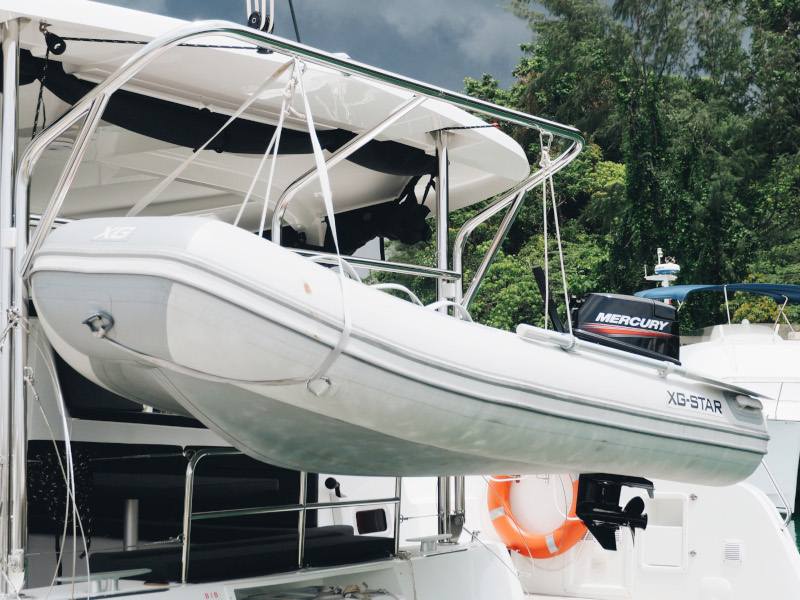 Lagoon 42 -Owner's Version