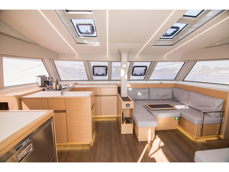 Catamaran - Nautitech 46 Fly - 4 Cabins - Built 2020