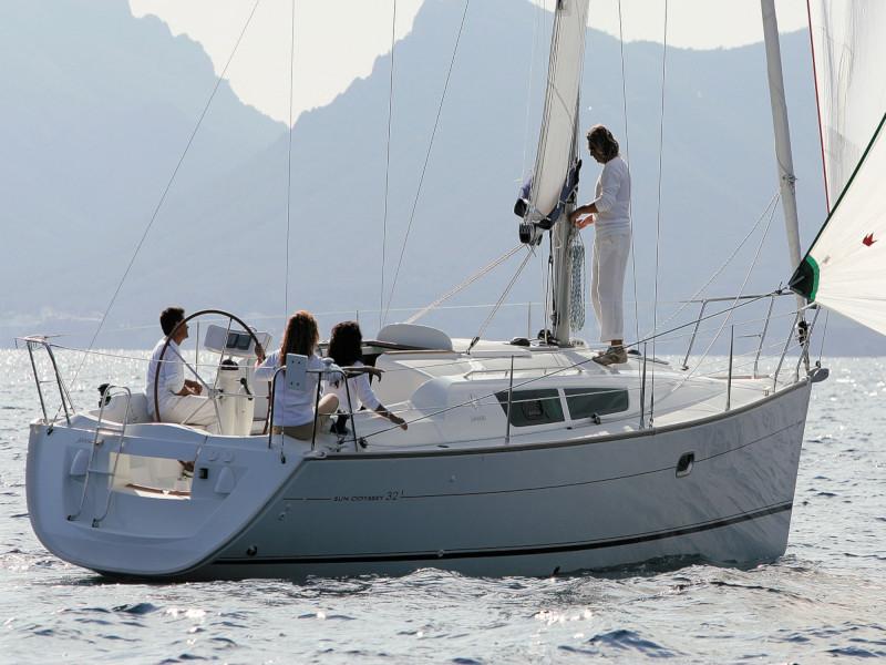 Sun Odyssey 32 i, Athenian Yachts