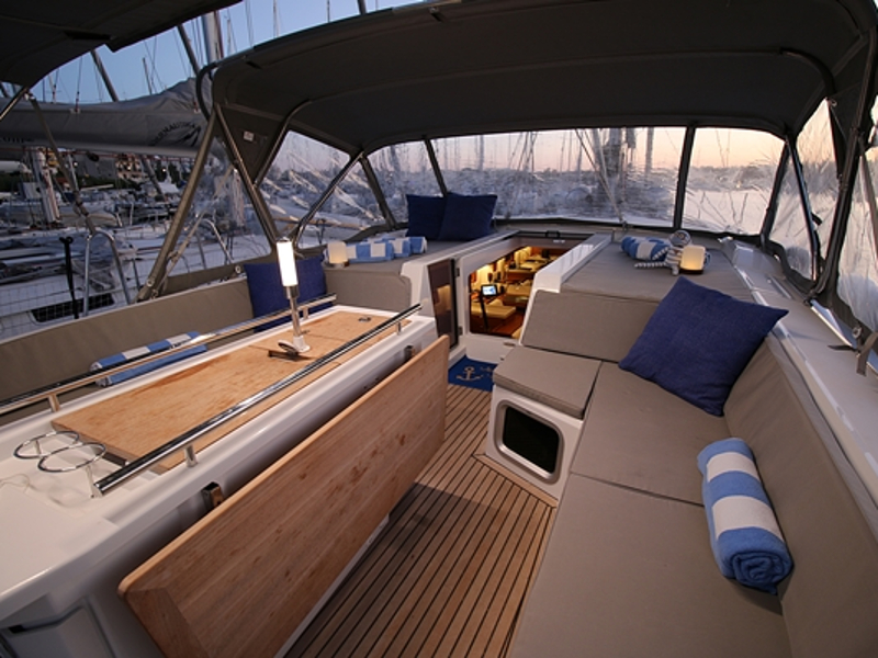 Oceanis 51.1 First Line