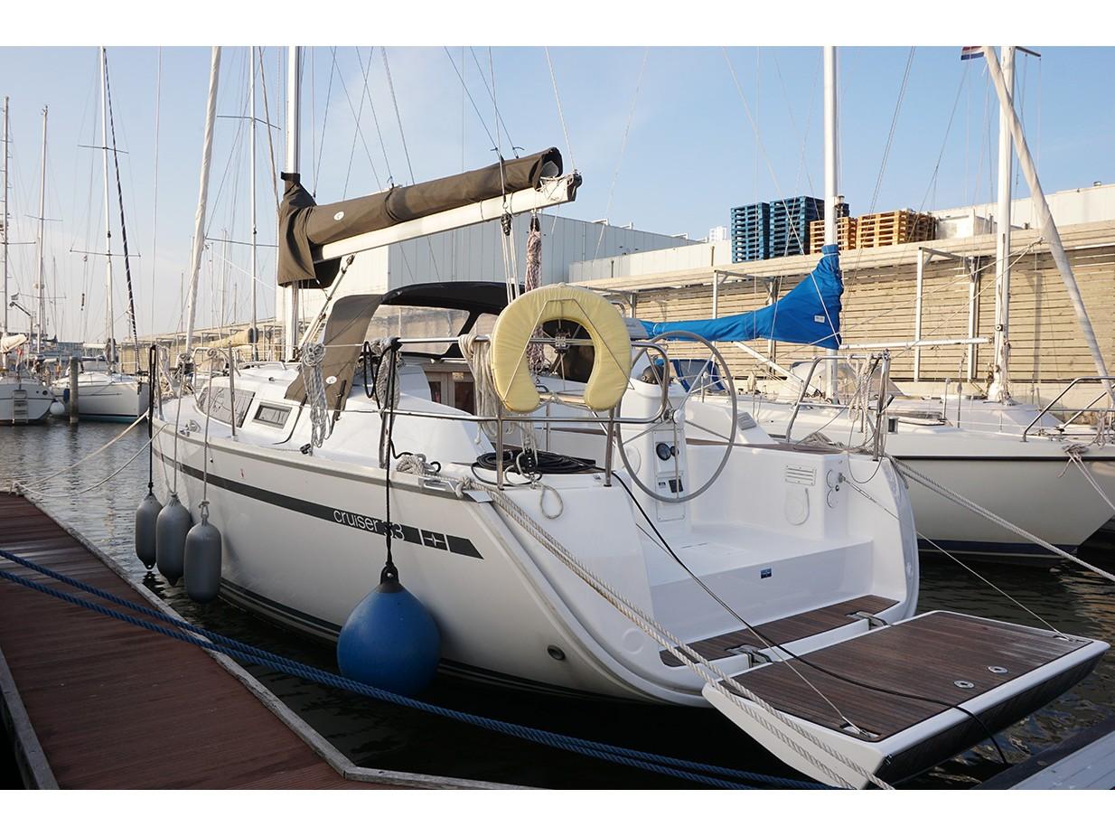 Bavaria Yachtbau 1