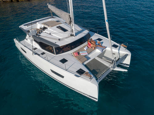 Fountaine Pajot 11
