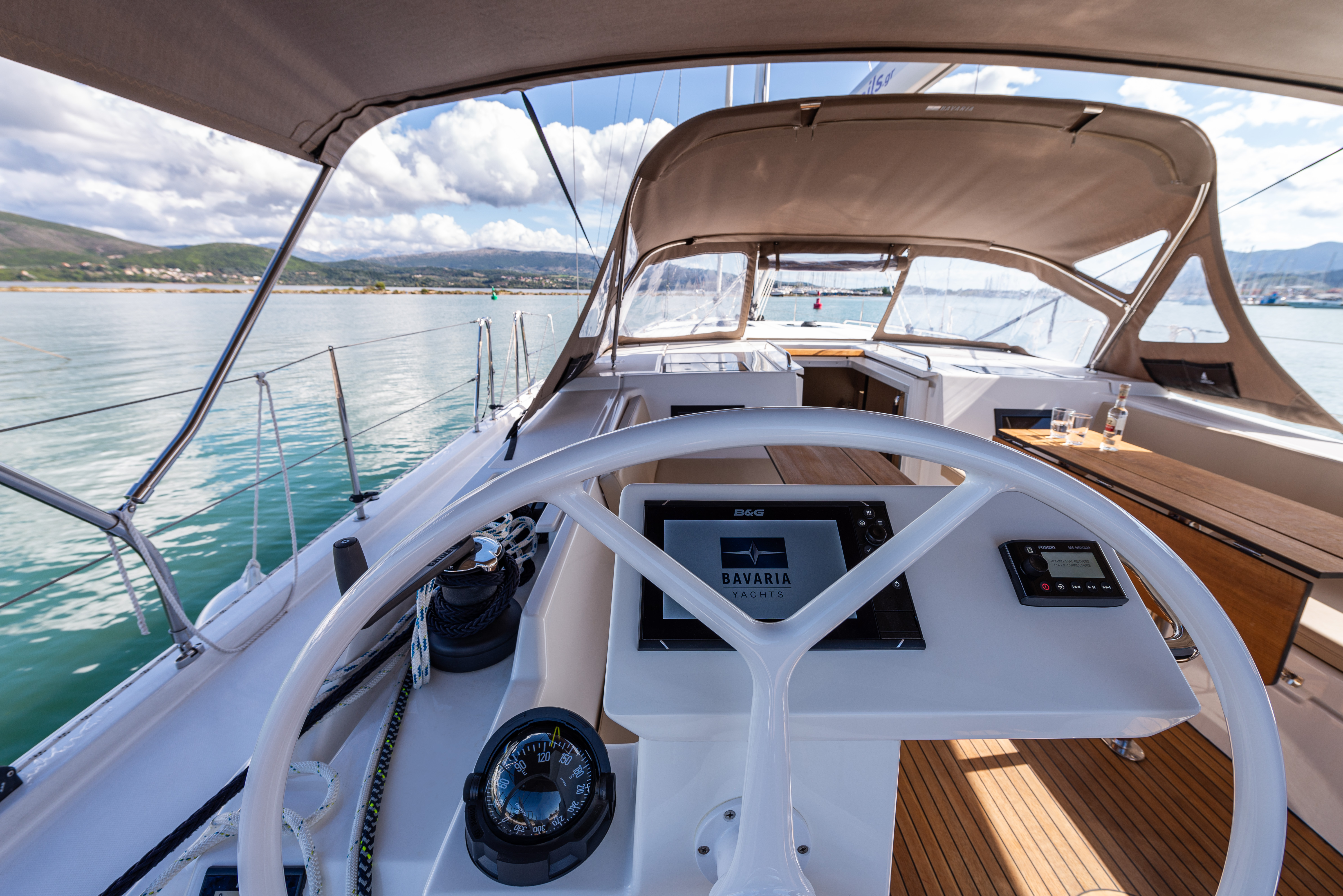 Barbagiannis OWNERS - A/C in Saloon -Bow & Solar