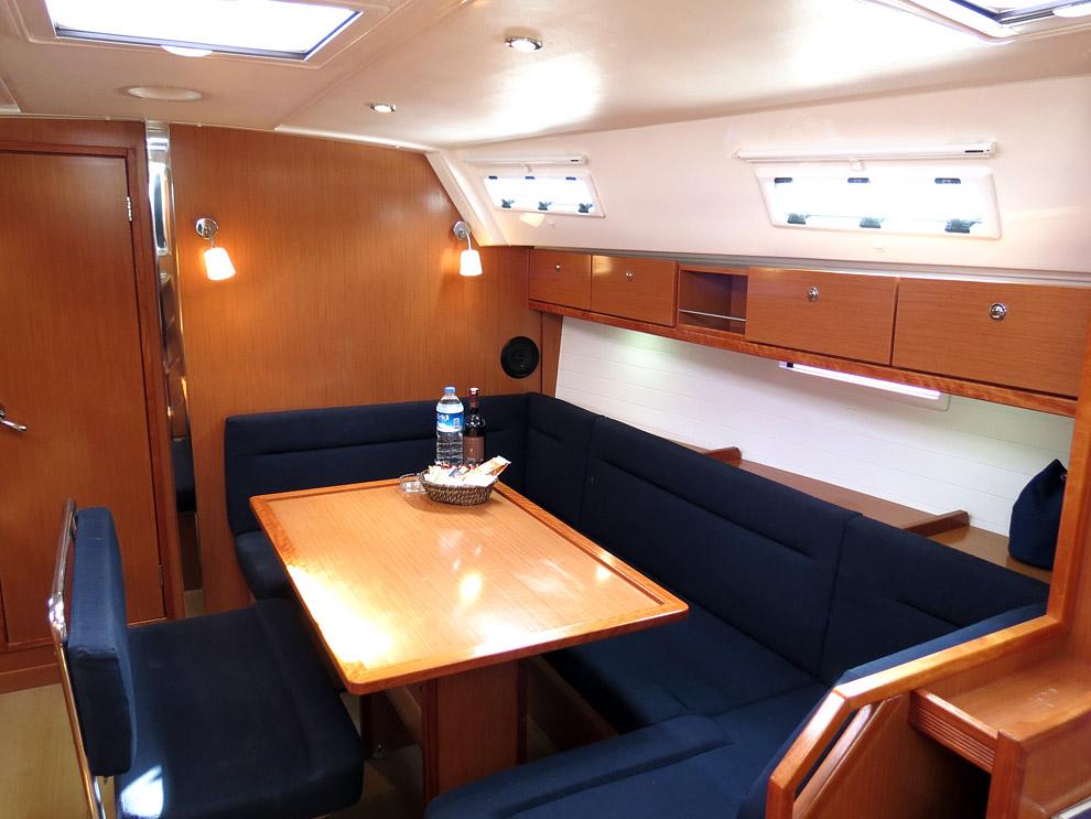 S/Y - Bavaria Cruiser 40 - 3 Cabins - Built 2013