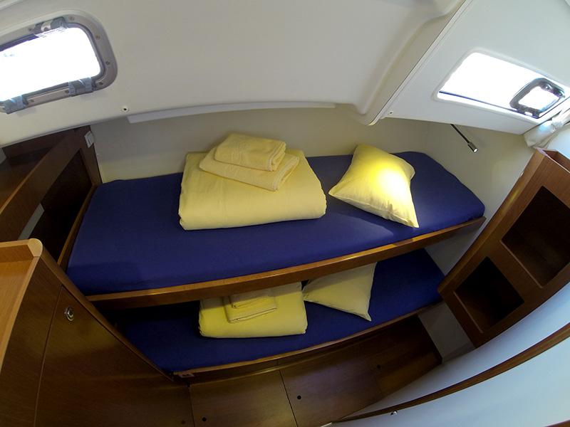 Oceanis 50 twin cabin