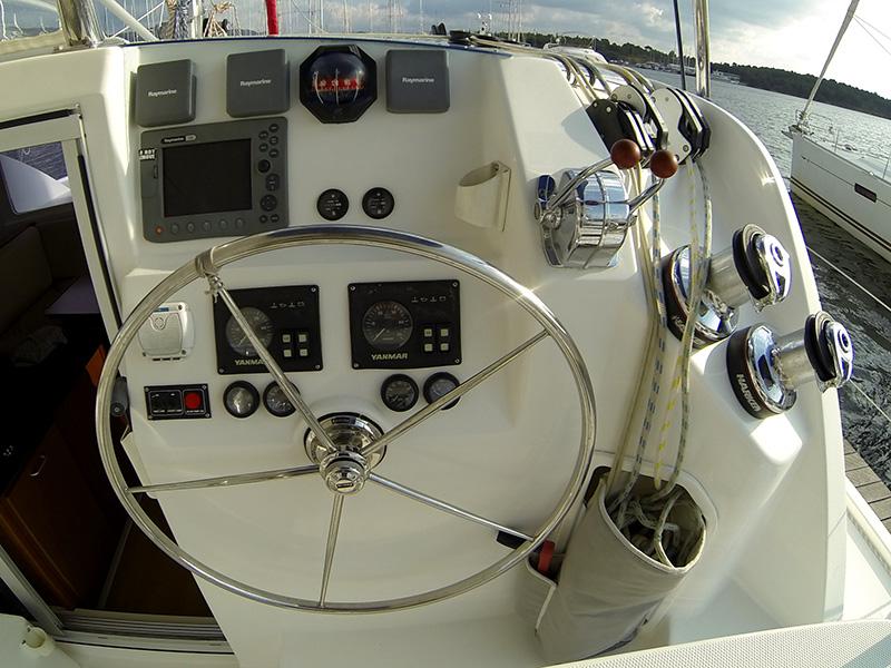 Leopard 38 catamaran