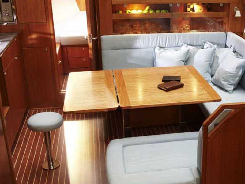 S/Y - Bavaria 43 Cruiser - 3 Cabins - Built 2009